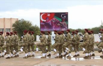 'Libya'da yabancılar savaştı Türkler kazandı'