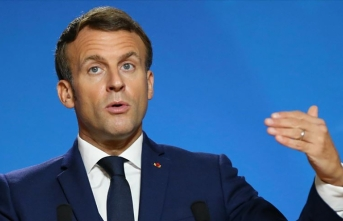 Macron, Türkiye ve Rusya'yı suçladı