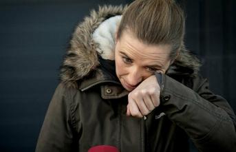Milyonlarca vizonun öldürüldüğü Danimarka'da başbakan ağlayarak özür diledi
