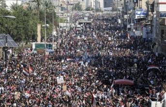 Mukteda es-Sadr yanlıları gösteri düzenledi