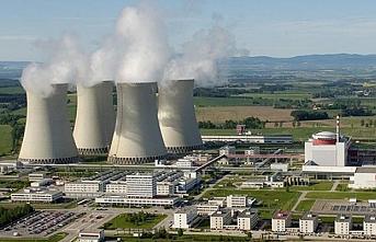 Rusya'dan Ruanda'ya nükleer hamle