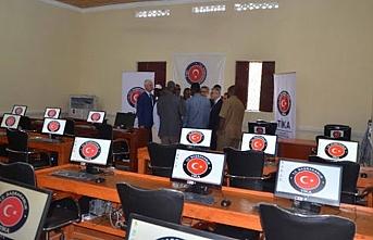 TİKA'dan Mogadişu Üniversitesine laboratuvar desteği