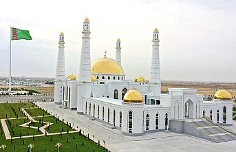 Türkmen lider yeni bir cami açtı