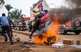 Uganda'da seçim öncesi ortalık karıştı: 50 ölü