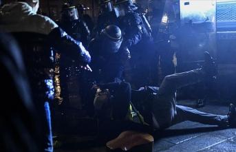 Fransa'da polisler şiddeti itiraf etti