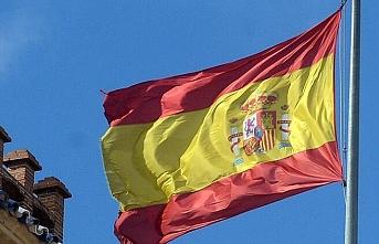 İspanya'da koronadan etkilenen restoran sahipleri eylem yaptı