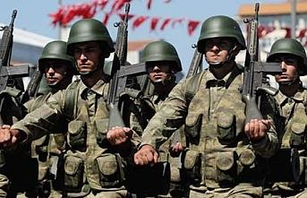 Orduya ilahiyatçı yerine papaz alınsa memnun olacaklar var