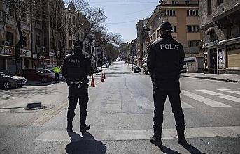 Sokak kısıtlamalarından muaf tutulacak kişiler belli oldu