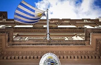 Uruguay sınırlarını kapatıyor