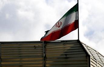 İran iki ülkenin aşısını yasakladı