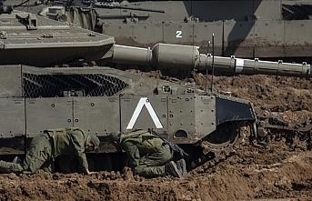 İşgalci İsrail Gazze ordusuna ait araca ateş açtı