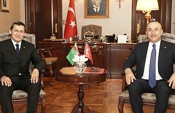 Çavuşoğlu: Türkmen gazının Türkiye'ye gelmesi için hazırız