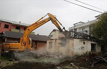 Kocaeli'de 26 bina yıkılıyor