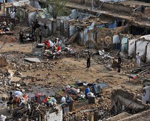 İnsansız uçaklar Pakistan'da 2 bin kişi öldürdü