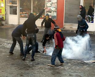 KCK davasında Kürtçe krizi sürüyor