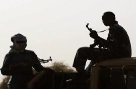 G. Sudan'da ordu komutanı teslim oldu