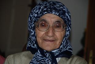 Türkiye'nin ilk tesettürlü doktoru Hümeyra Ökten -2-