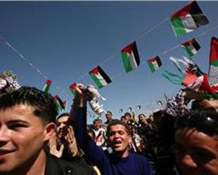 Gazzeliler seçim sonuçlarından memnun