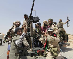 İngiltere, Kaddafi'nin petrole ulaşmasını engellemiş