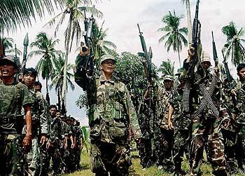 Moro Müslümanları'ndan Filipinlere uyarı