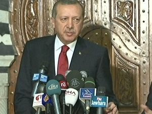 Erdoğan, Tunus'ta da laiklik mesajı verdi