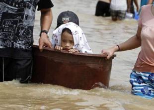 Filipinler'de ölü sayısı bine dayandı!