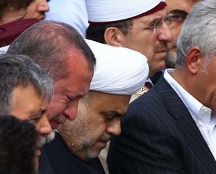 Erdoğan 'helallik' sırasında gözyaşlarını tutumadı-FOTO