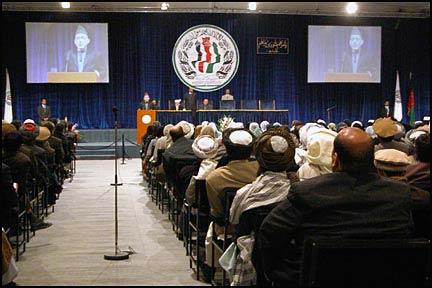Loya Jirga'dan ABD ile ortaklığa şartlı destek
