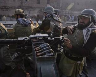 NATO Pakistan askerlerini vurdu: 25 ölü