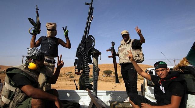 Libyalı eski isyancılar birbirine girdi: En az üç ölü
