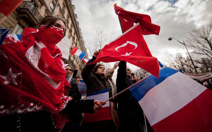 Fransız komünistler tasarıda bölündü
