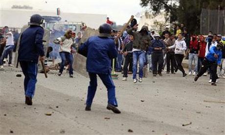 Cezayirliler adalet için meydanlara indi