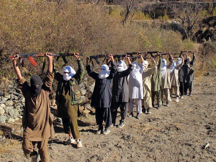 ABD'li yetkililer Taliban ile görüştü iddiası