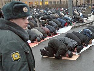 Rus imamlara medya bilgisi şartı