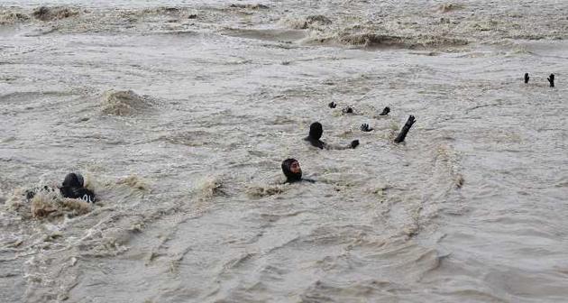 Balık adamlar Çaycuma'ya daldı-FOTO