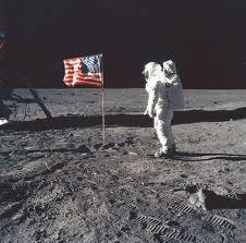 Neil Armstrong öldü