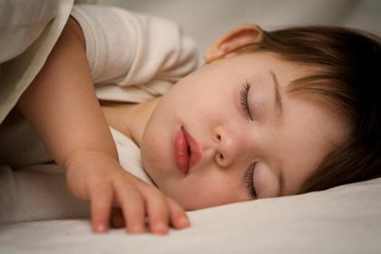 Uyku bozukluğu çocukların başarısını etkiliyor