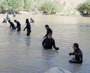 Kayıp askerin cenazesi Zap Suyu'nda bulundu