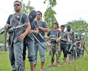 Moro'da anlaşmaya kadar silahlı mücadele
