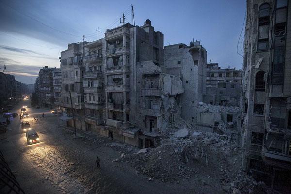 Suriye ordusu stratejik güzergahı geri aldı
