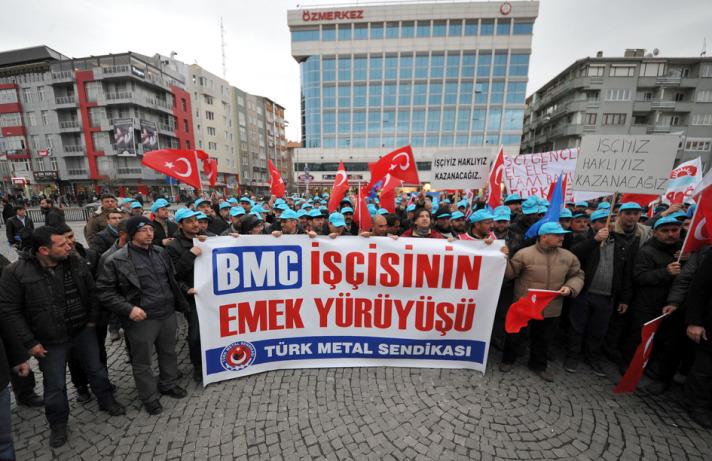 BMC çalışanları maaşları için il il dolaşıyor
