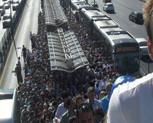 Metrobüste tüm seferler normale döndü