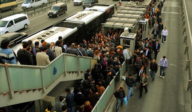 Metrobüs şikayet sitesi kuruldu