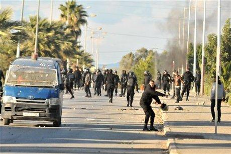 Tunus'ta tebliğ yapmak isteyen Selefilere müdahale