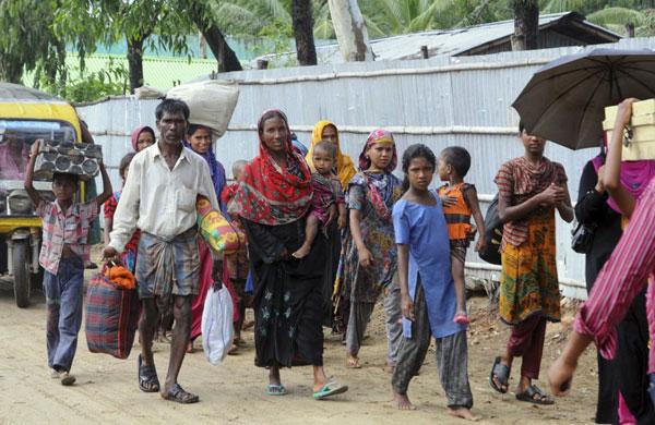 Kasırgada 18 can kaybı, 1 milyon tahliye