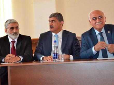 Azerbaycan yönetimi seçimde ABD desteği arıyor