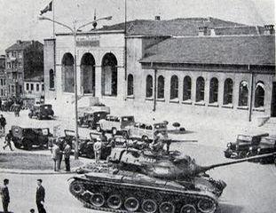 27 Mayıs öncesi sokak mücadelesi ve Menderes'in radyo konuşması