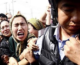 Çin, Uygurlara baskıyı arttırıyor
