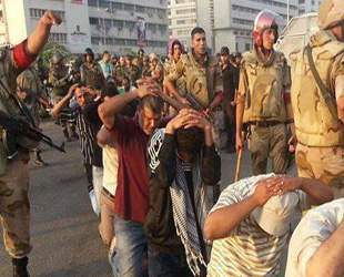 Mısır'da gözaltına alınanların akıbeti bilinmiyor