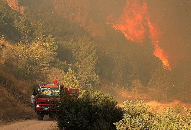 Balıkesir'deki yangın hâlâ sürüyor-FOTO